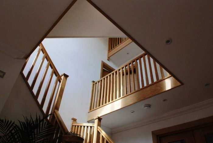 Feature oak staircase over two floors with vaulted ceiling