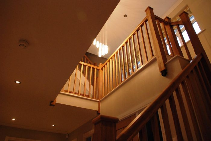 Oak staircase and galleried landing